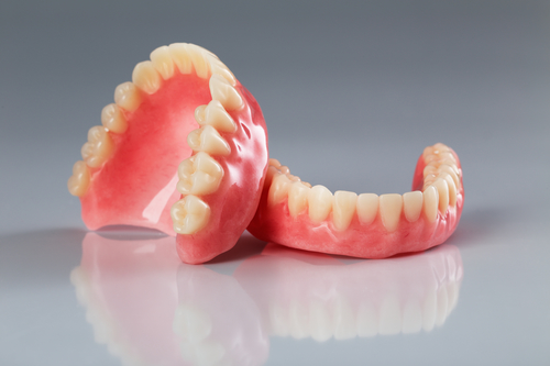 Alternatives to Dentures